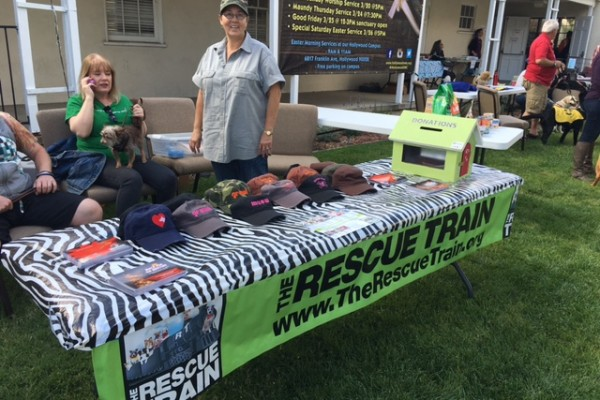 Toluca Lake Pet Festival & Blessing of the Animals 2016