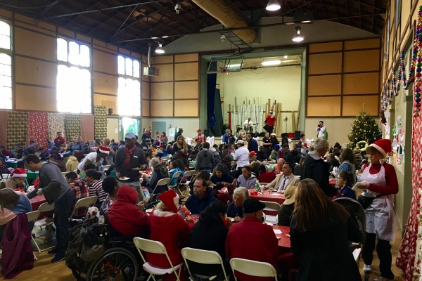 Christmas Day Dinner at our Hollywood Campus provided by Temple Israel of Hollywood 12/25/16
